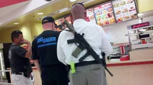 Open Carry at restaurant